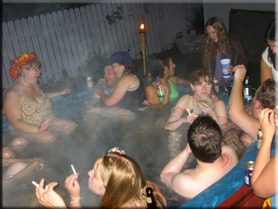 Click for Hot Tub 2K6 Gallery